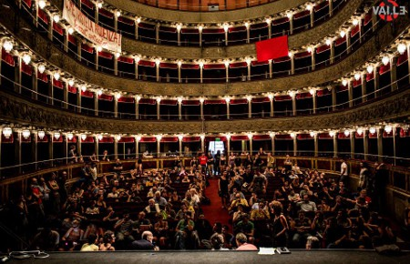 [EN] The Teatro Valle commons foundation is in danger!